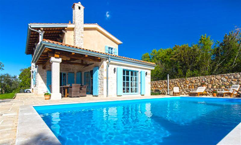 Accommodation with a swimming pool Sol Tours